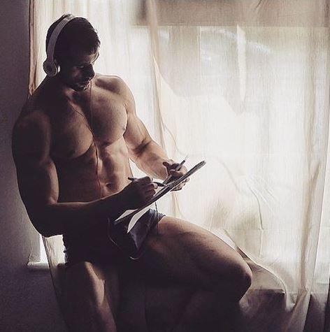 uomo gay porno escort strapon milano